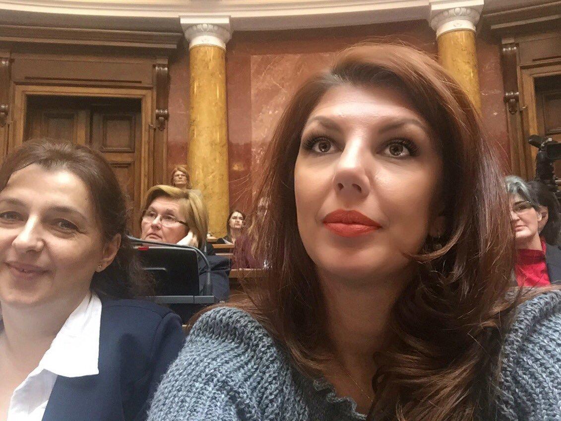 Jelena Lopušina: Radnici su krivi što su preduzeća propala!!!